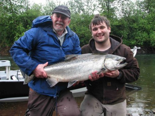 Spring-Chinook-caught-on-the-Nestucca-River-800x600